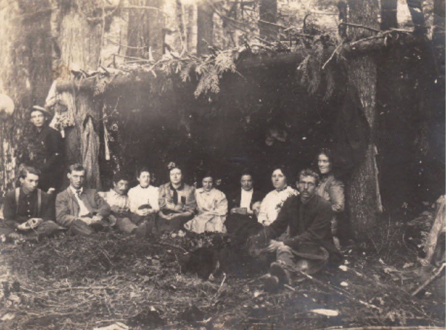 1909 Margaret-John & Friends camping at Lake Hannan – Margaret-Johns Collection 1909